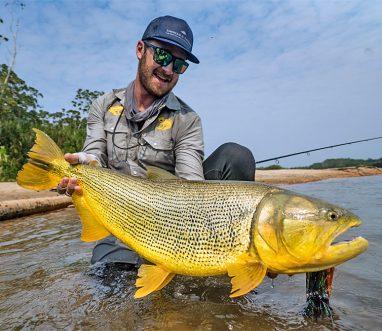 Christiaan Pretorius with a nice Golden Dorado